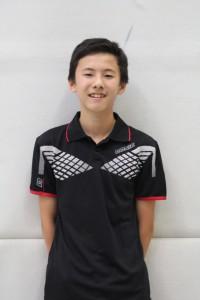 Aaron gewann alle drei Einzel und belegt Platz 2 in der Spielerrangliste.